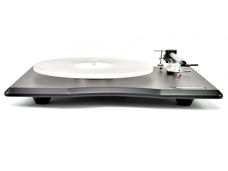 Edwards Audio TT5 with A5 Tonearm Edwards and cover